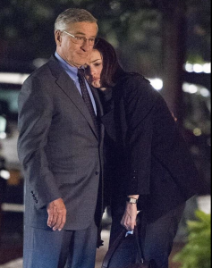 NoteVerticali.it_Anne Hathaway e Robert De Niro_The Intern_2