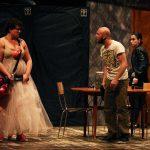 Thanks for Vaselina: teatro pop condito di cinismo dissacrante e surreale