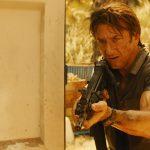 The Gunman: Sean Penn e Javier Bardem tra sparatorie e inseguimenti