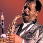 «Al suono non serve alcun sistema di regole per essere tale»: un omaggio a Ornette Coleman