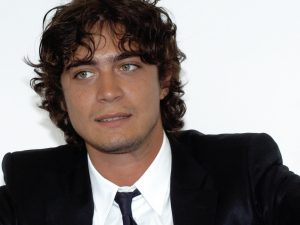 NoteVerticali.it_Riccardo Scamarcio