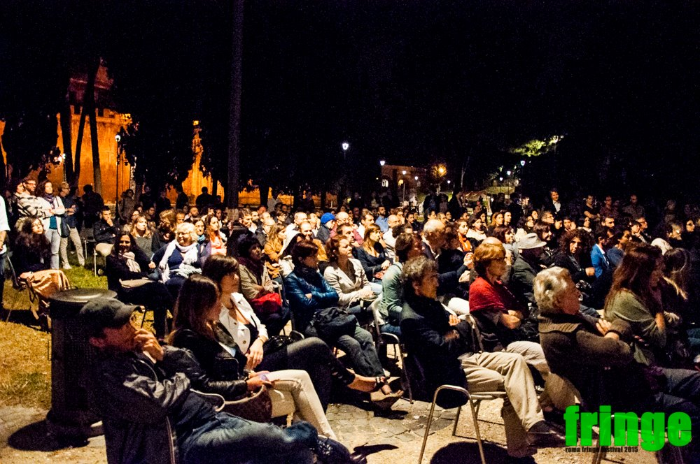 NoteVerticali.it_Roma Fringe Festival Castel Sant Angelo pubblico vario
