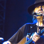 Seeding Fear, continua lo scontro tra Neil Young e la Monsanto