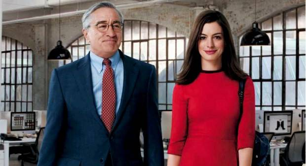 NoteVerticali.it_Lo-stagista-inaspettato-RobertDeNiro_AnneHathaway_4