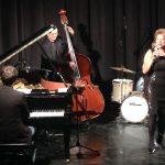 Michele Hendricks: grinta e mestiere per una serata jazz da incorniciare