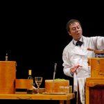 Cucinar ramingo – in capo al mondo: a teatro l'arte culinaria si intreccia con la storia