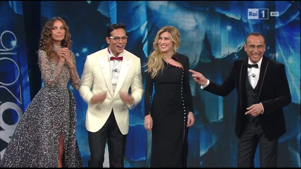 NoteVerticali.it_Carlo_Conti_Gabriel_Garko_Madaklina_Ghenea_Virginia_Raffaele_Sanremo_2016