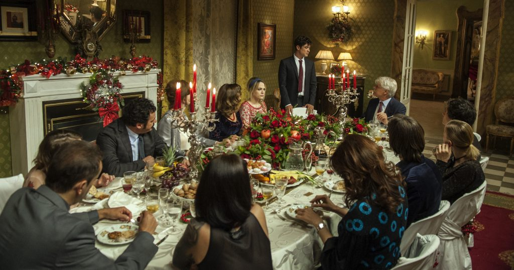 noteverticali.it_la_cena_di_natale_michele_placido_laura_chiatti_riccardo_scamarcio_marco_ponti