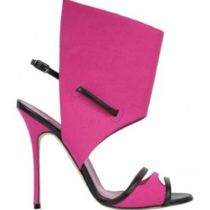 NoteVerticali.it_Manolo_Blahnik_suntaxa_3
