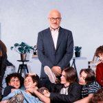 Gli sdraiati: Claudio Bisio padre incompreso nel film tratto dal romanzo di Michele Serra