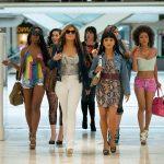 Le ragazze di Wall Street: Jennifer Lopez in un film a metà tra denuncia e spettacolo